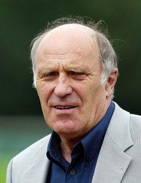 Portrait Prof. Dr. Helmut Digel